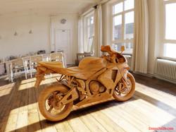 WoodEdited_ComesToLife