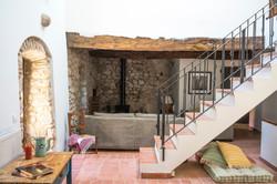 Las escaleras que dan al jardín
