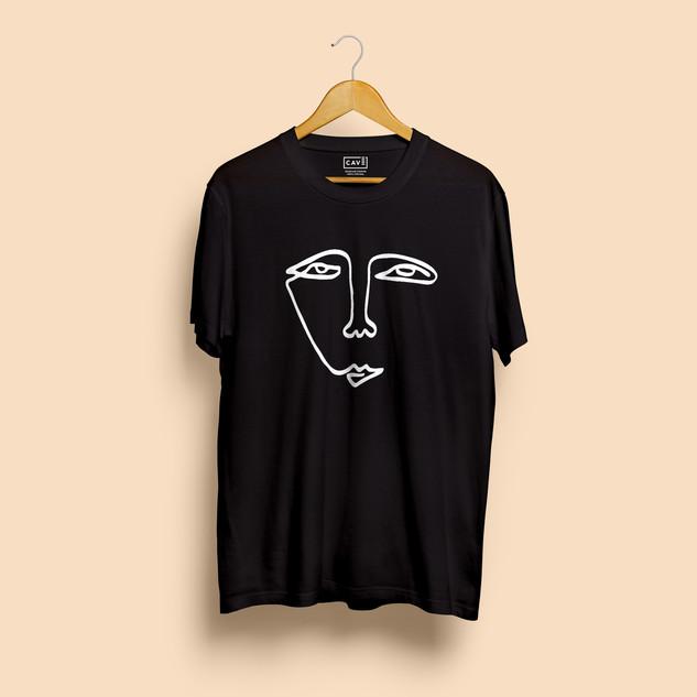 Tshirt Preta Cara