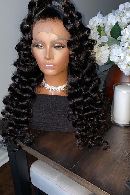 Curly Frontal Wig 150%