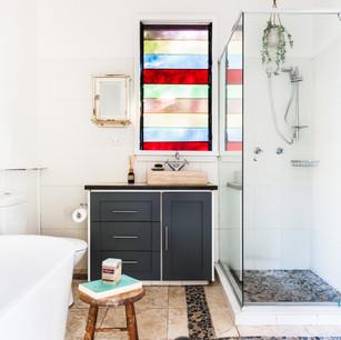 Bathroom with free-standing bath