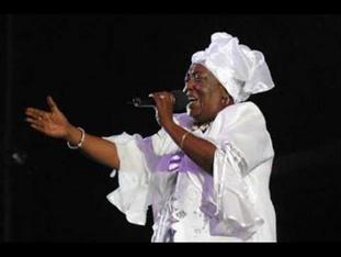 Singing Sandra passes away