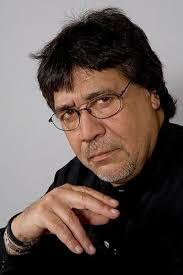 ¡Muere escritor chileno en España por Covid-19!