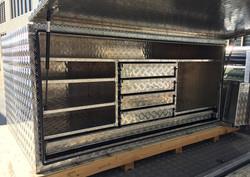 Custom-Aluminium-tool-box-with-5-lockabl