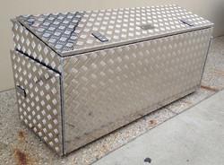Aluminium-caravan-draw-bar-storage-box-2