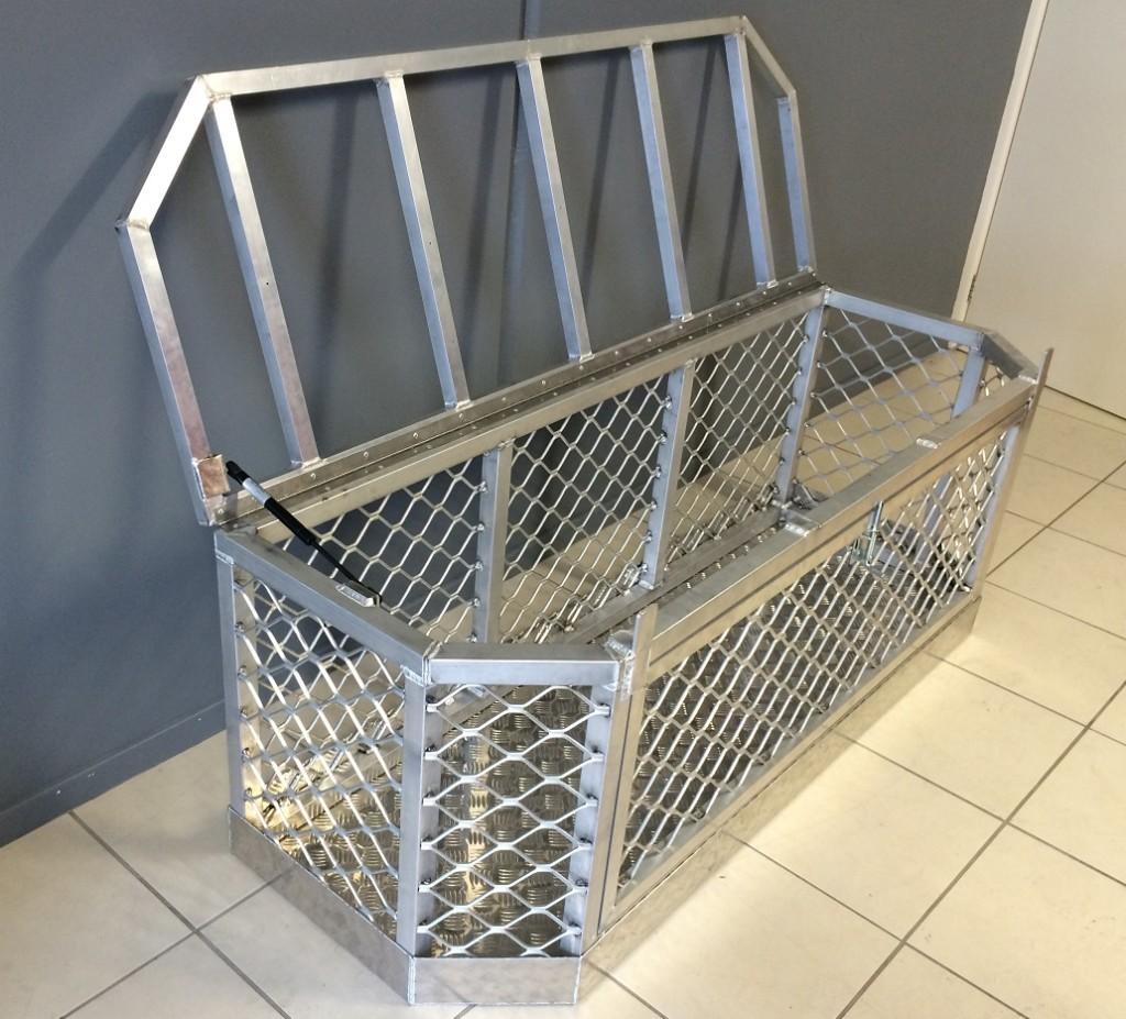 Aluminium-Boat-dog-box-side-1024x927