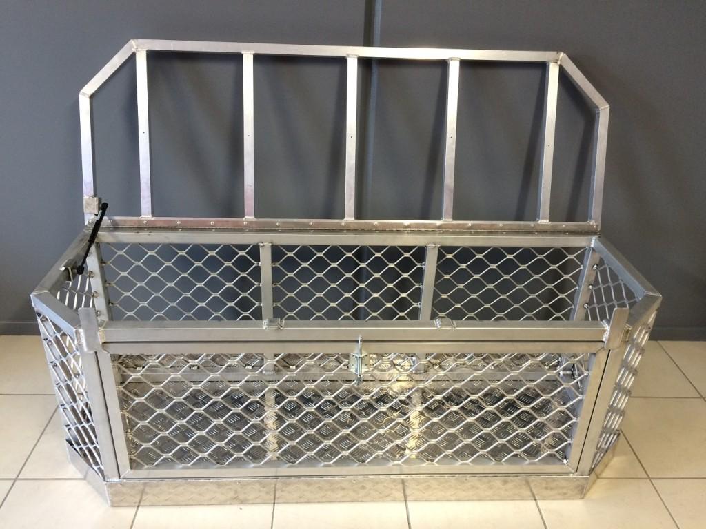 Aluminium-Boat-dog-box-1024x768