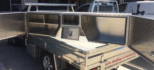 Custom-aluminium-trailer-guard-side-box.