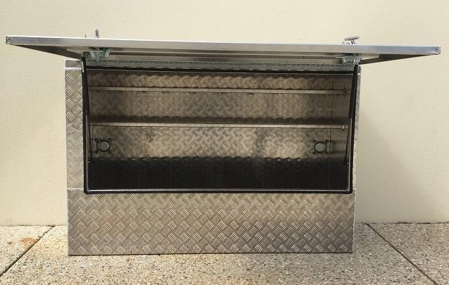 Custom-aluminium-truck-tool-box-2