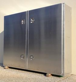 Custom-aluminium-truck-tool-cabinet