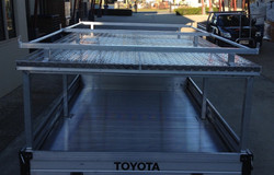 Aluminium-roof-top-canopy-with-roof-rack