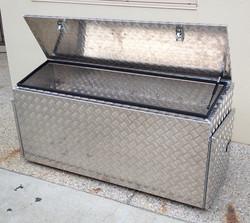 Aluminium-caravan-draw-bar-storage-box