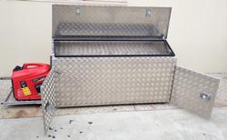 Aluminium-caravan-draw-bar-storage-box-w