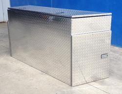 Propeller-plate-caravan-box-1024x791