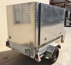 Custom-aluminium-trailer-canopy