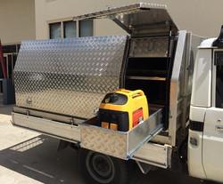 Custom-aluminium-tool-boxes-with-generat