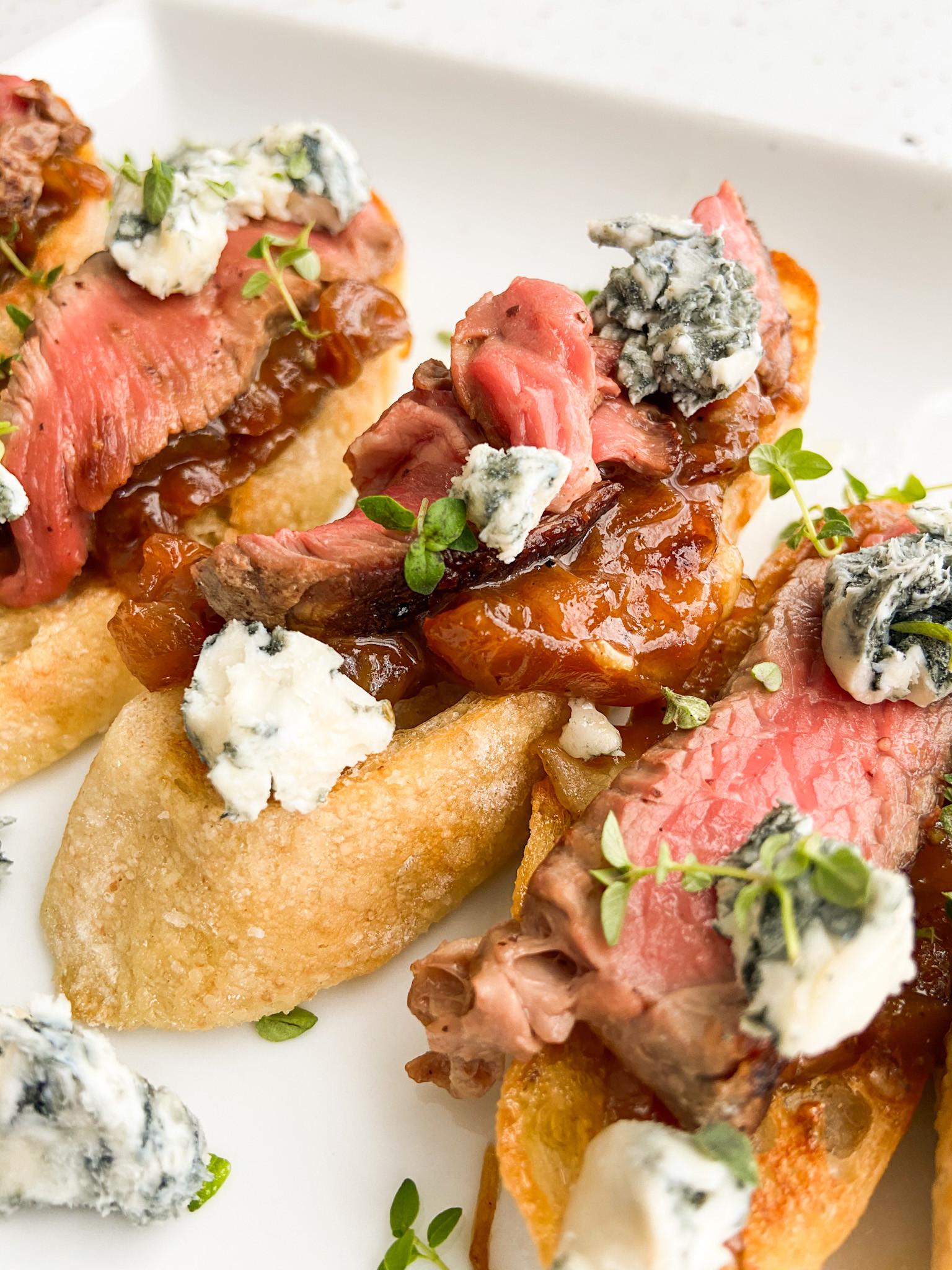 Caramelized Onion & Steak Crostini Class