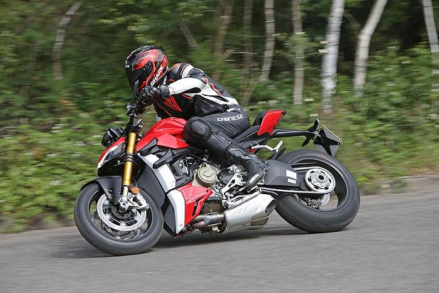 Duca1_StrV4S.jpg