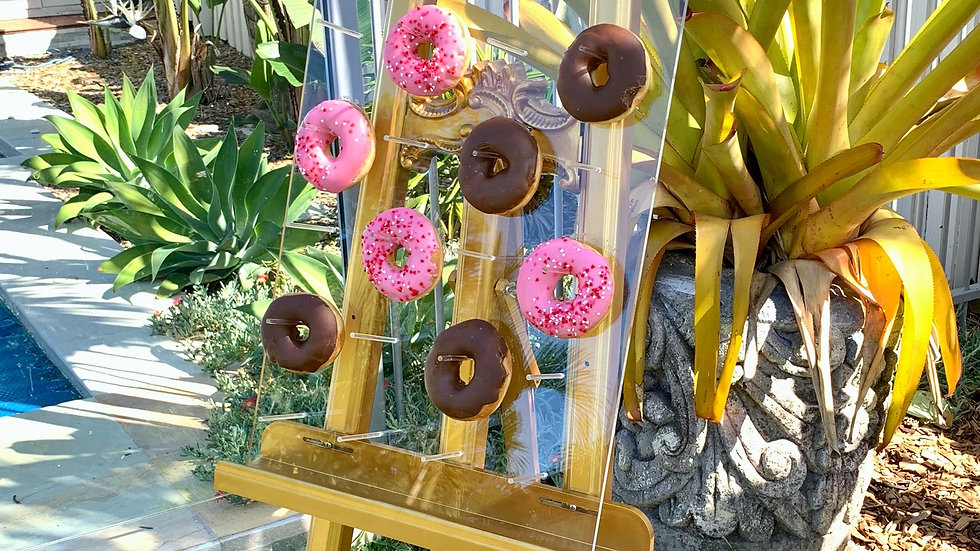 Donut wall & easel