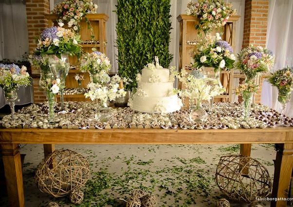 Decoração da mesa de bolo