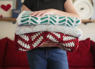 A Twist on the Feathered Chevron Blanket