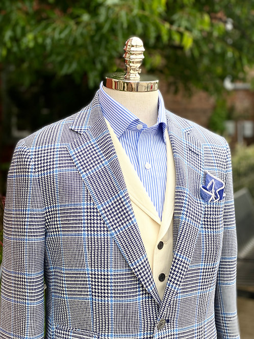 CR 563 Prince of Wales Plaid in Navy and Cream