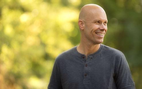 Emile van de Hilst | Healing Medium | Craniosacral Therapis