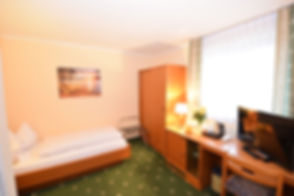 1611_einzelzimmer_raum.jpg