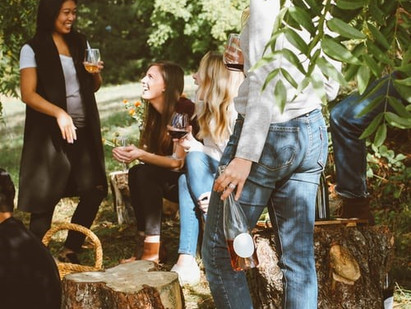 Why Wine Tasting is The Perfect Group Activity