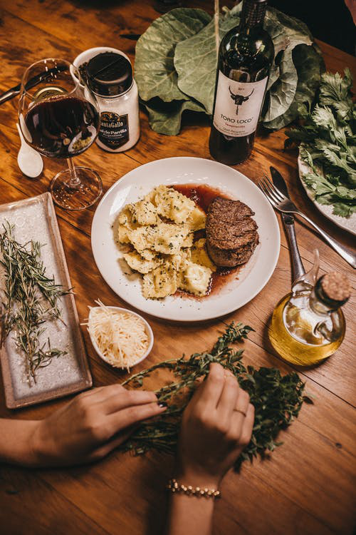 5 Perfect Food and Wine Pairing