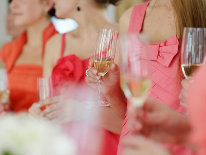 A Girls Day Out—3 Reasons To Go On A Wine Tasting Tour With Your Bridesmaids