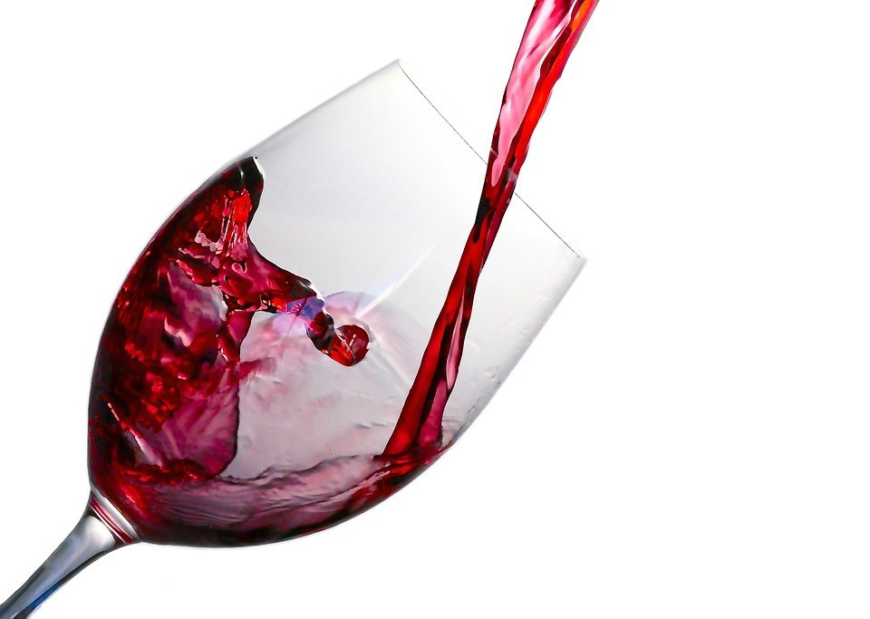 Red when being poured into a glass