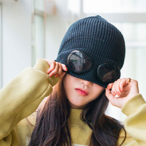 Warm Beanie with Goggles