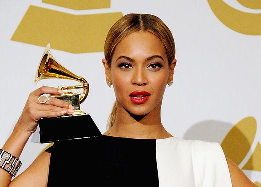 Grammys Beyonce.jpg