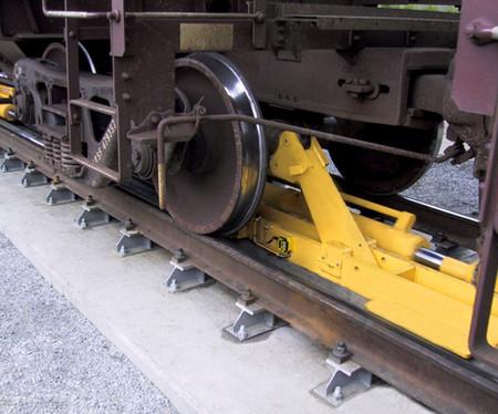 Calbrandt-Axle-Railcar-Mover-Progressor-