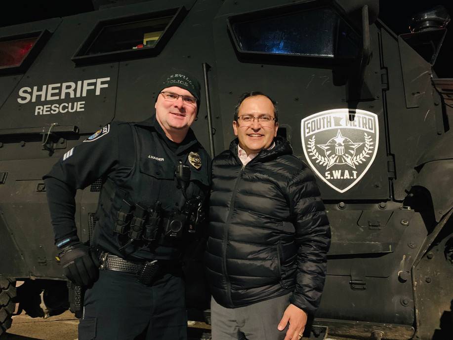LPD_and_sheriff's_rescue_Koz.jpg