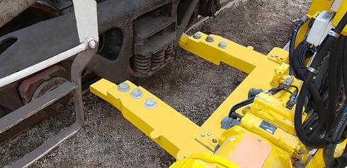 Calbrandt-Light-Duty-Cantilever-Railcar-