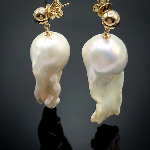 Wisdom Pearl Earrings