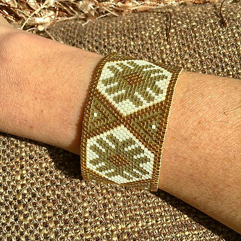 Gold Stardust Beaded Bracelet