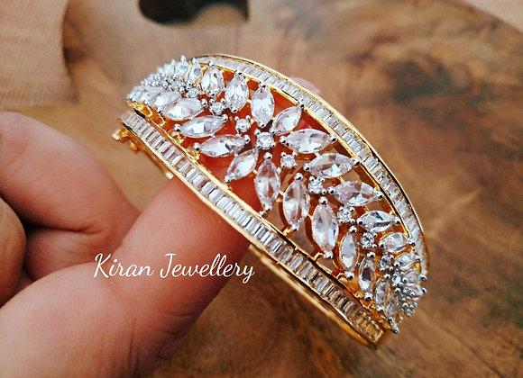 White stone Elegant Bracelet