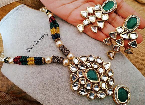 Elegant and Stylish Kundan Set With Removable Mala