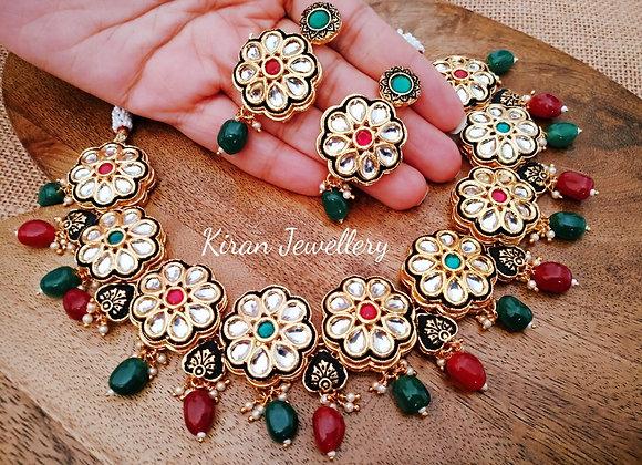 Elegant And Stylish  Kundan Set