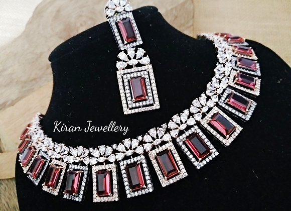 Royal Look Necklace Set
