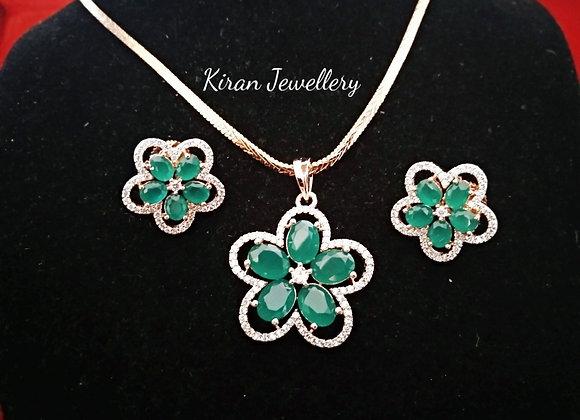 Elegant Green Stone Pendant Set