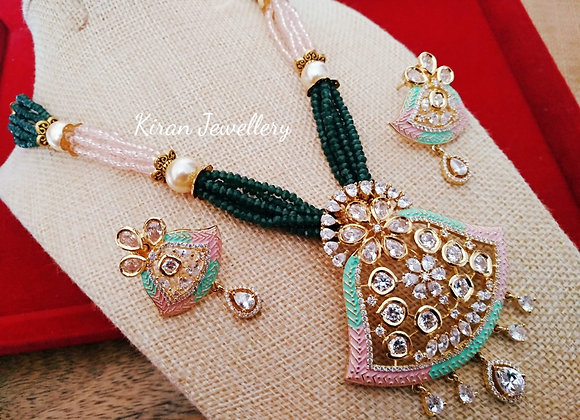 Green and Pink Color Fusion Necklace