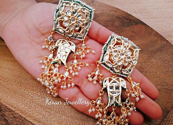 Stylish Kundan Earrings