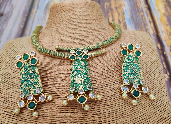 Elegant and Stylish Necklace