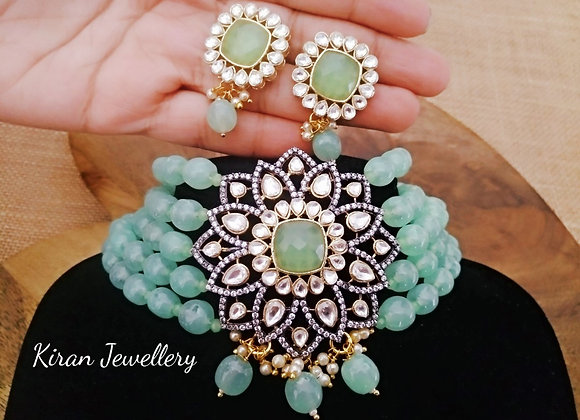 Lovely Mint Shade Choker