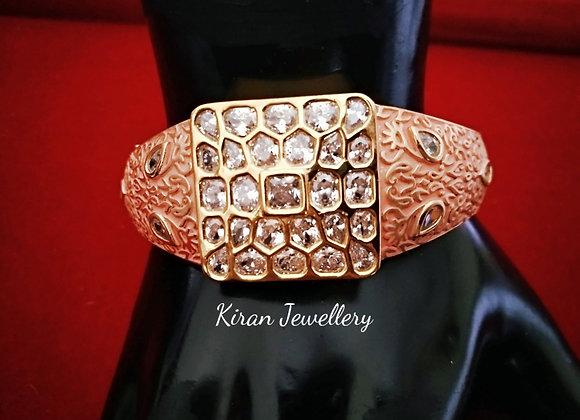 Elegant Bracelet with Ruby Meena