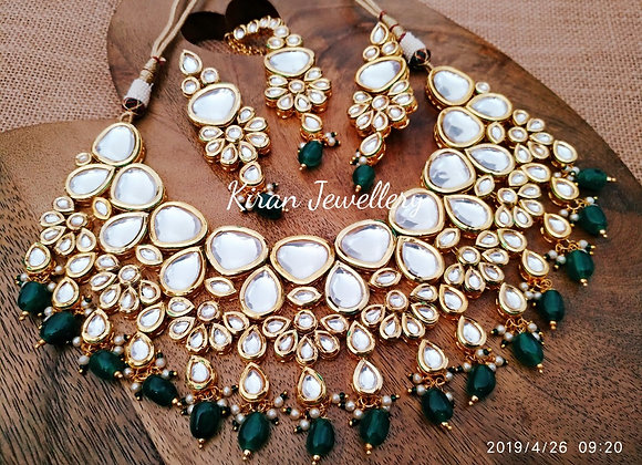 Kundan Necklace With Green Beads